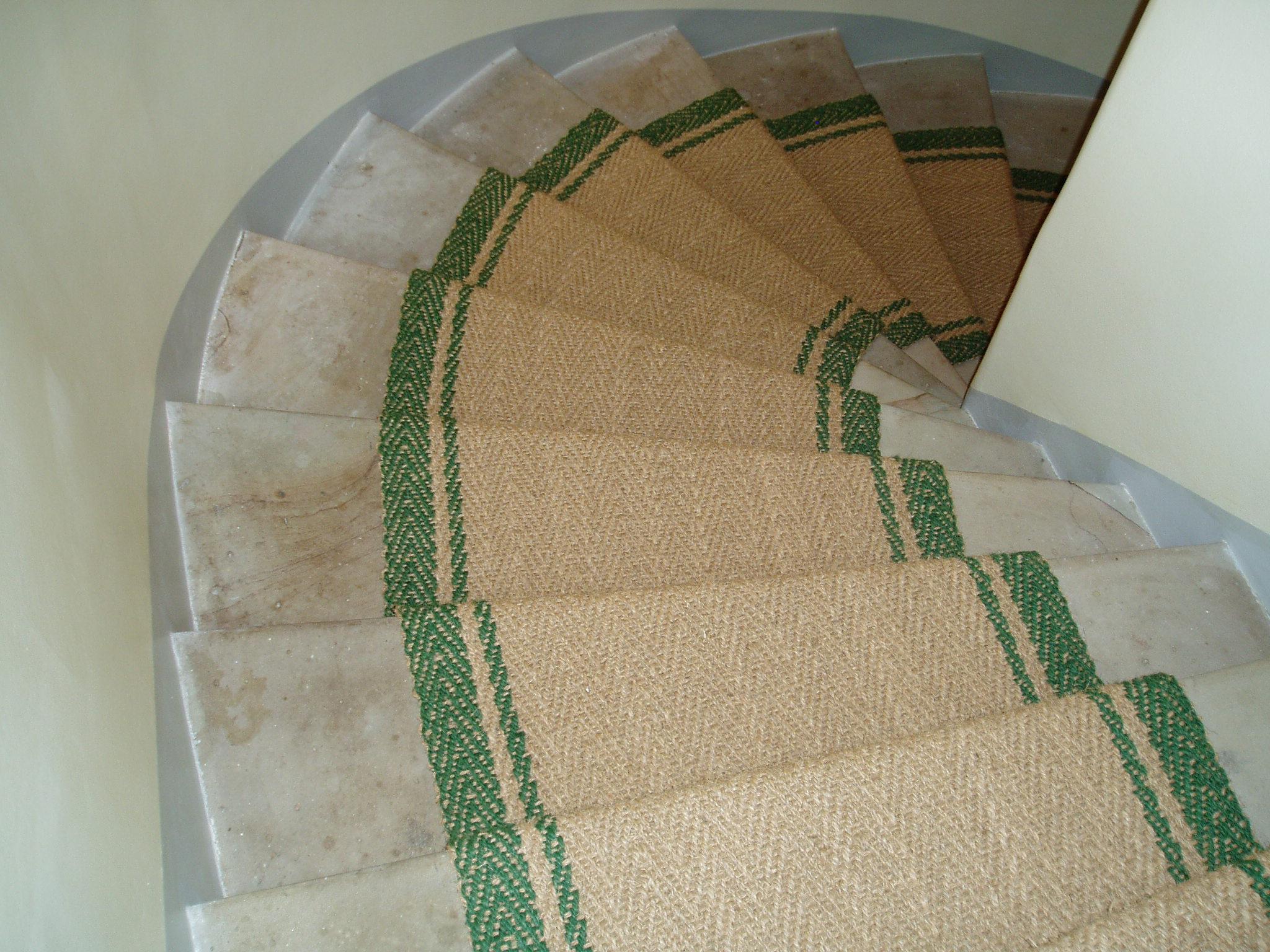 treppenteppich kokosl ufer mit eingewebter bord re gembinski teppiche. Black Bedroom Furniture Sets. Home Design Ideas