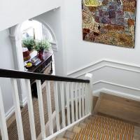 Treppe Teppich gestreift