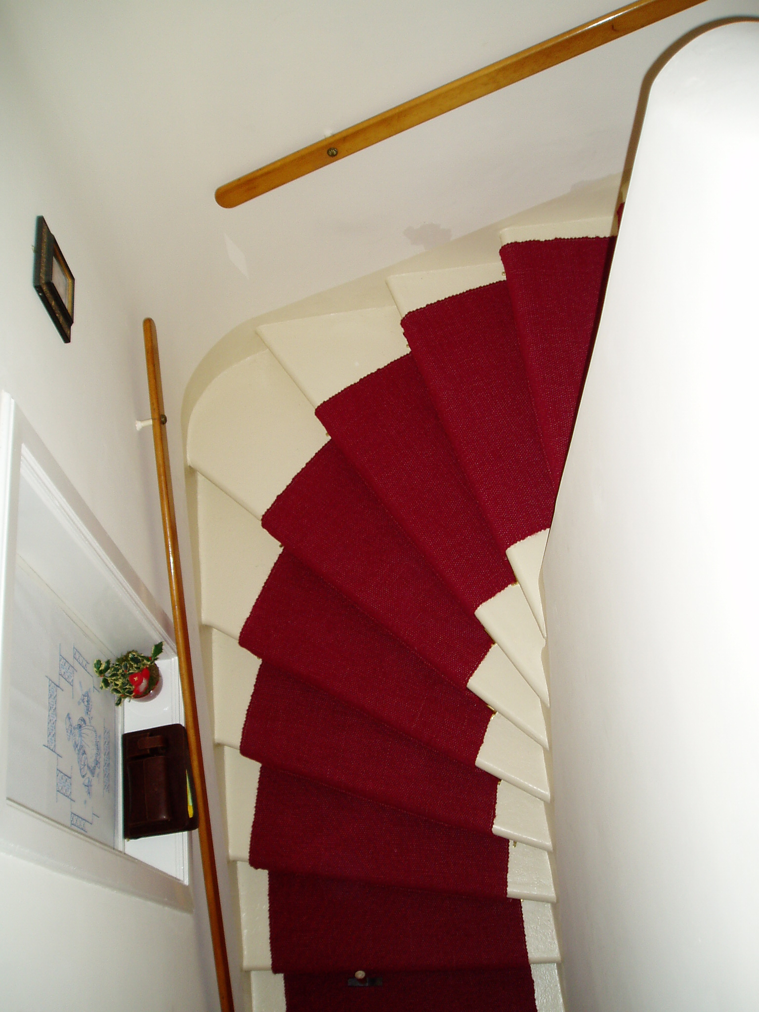 treppenteppich wolll ufer gembinski teppiche. Black Bedroom Furniture Sets. Home Design Ideas